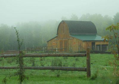 Misty Morning Barn   Second Wind Country Inn, Ashland, WI