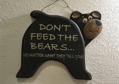 Bear Den Sign   Second Wind Country Inn, Ashland, WI