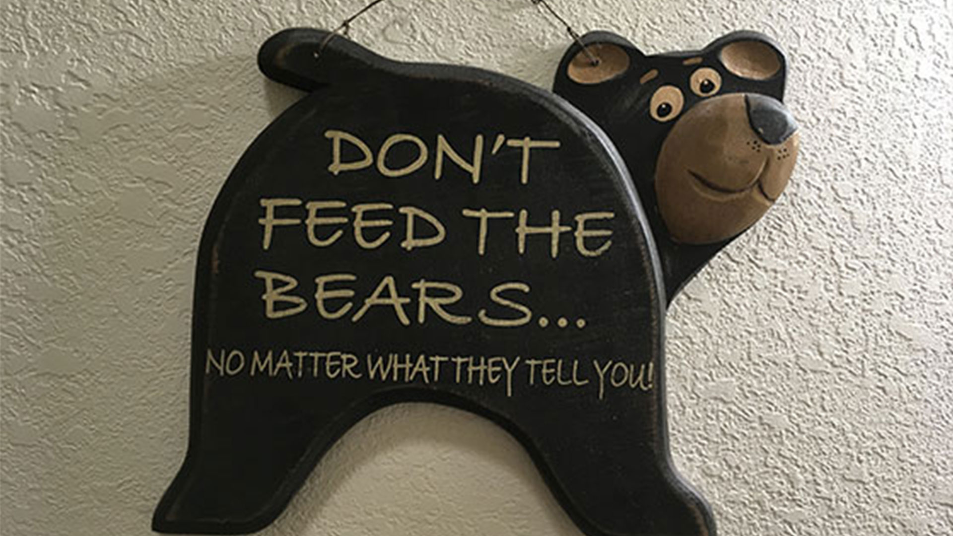 Bear Sign | Second Wind Country Inn, Ashland, WI