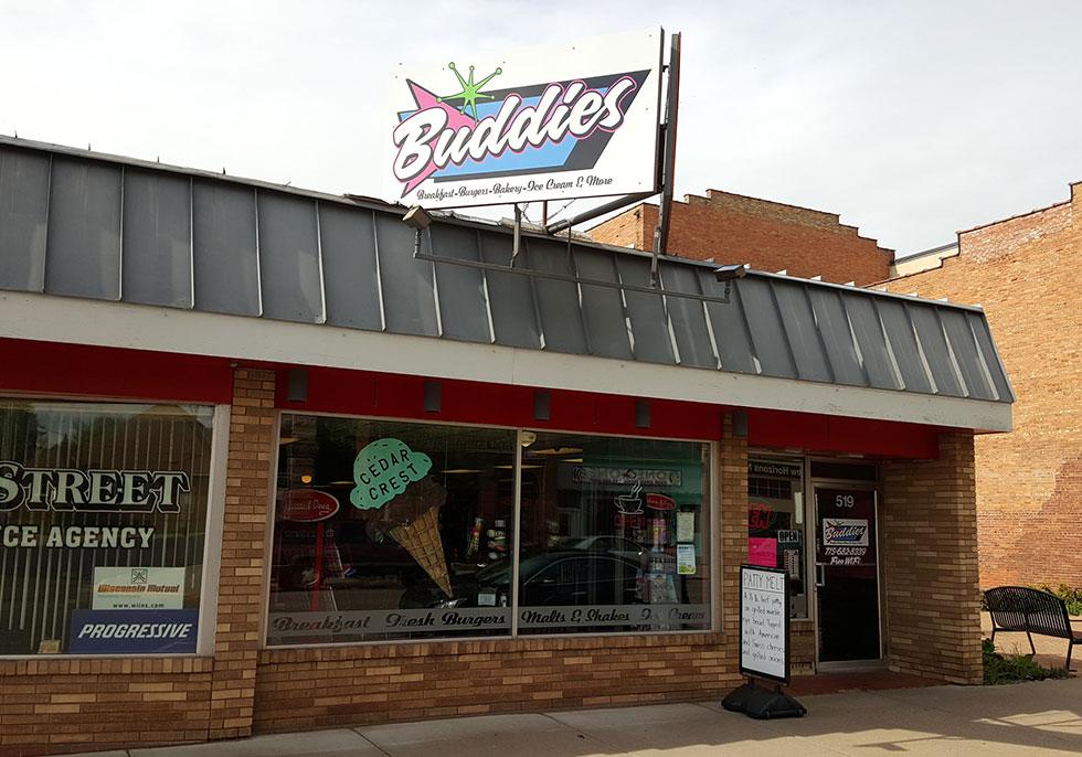 Buddies Burger | Second Wind Country Inn, Ashland, WI