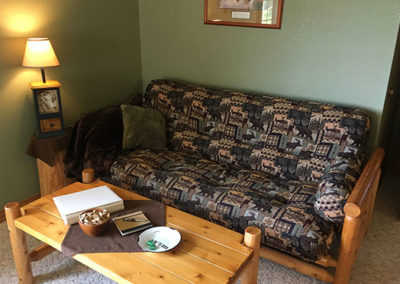 Pine Cone Hollow Sofa and Table   Second Wind Country Inn, Ashland, WI