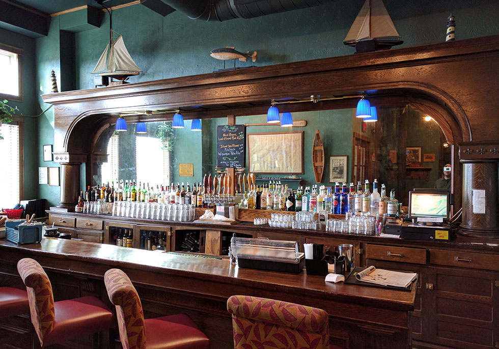 South Shore Bar | Second Wind Country Inn, Ashland, WI