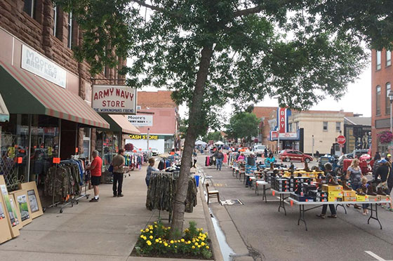 Downtown Ashland Shopping | Second Wind Country Inn, Ashland, WI